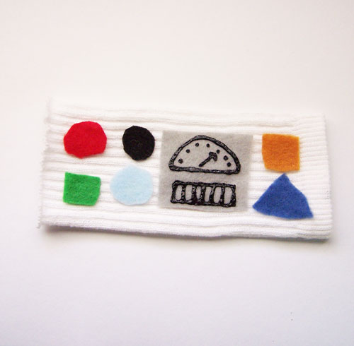 Super easy DIY kid's armband tutorial www.createinthechaos.com