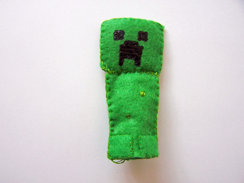 Minecraft Finger Puppet Tutorial: Creeper