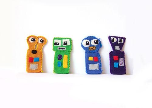 Felt Robot Finger Puppets