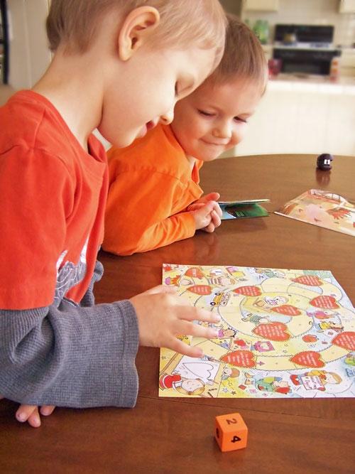 kid-magazine-game