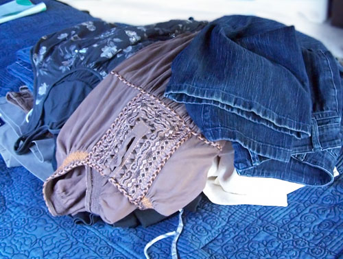 How to save money on clothes with Thred Up www.createinthechaos.com