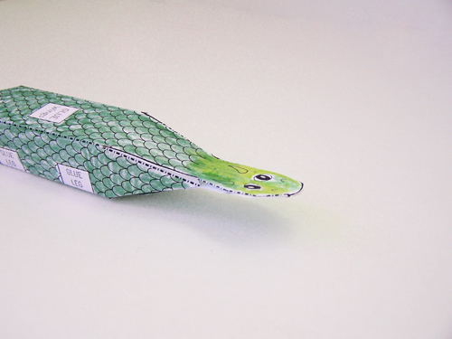Printable dragon papercraft - a fun printable craft for boys www.createinthechaos.com