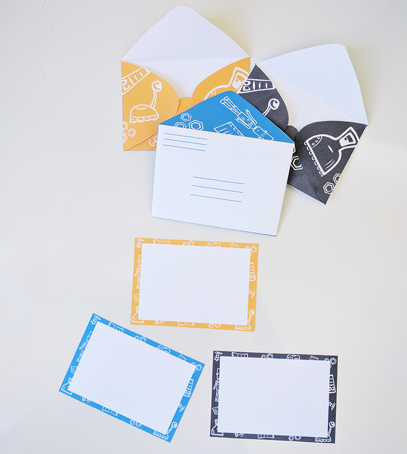 Robot Printable notecards and envelopes for kids